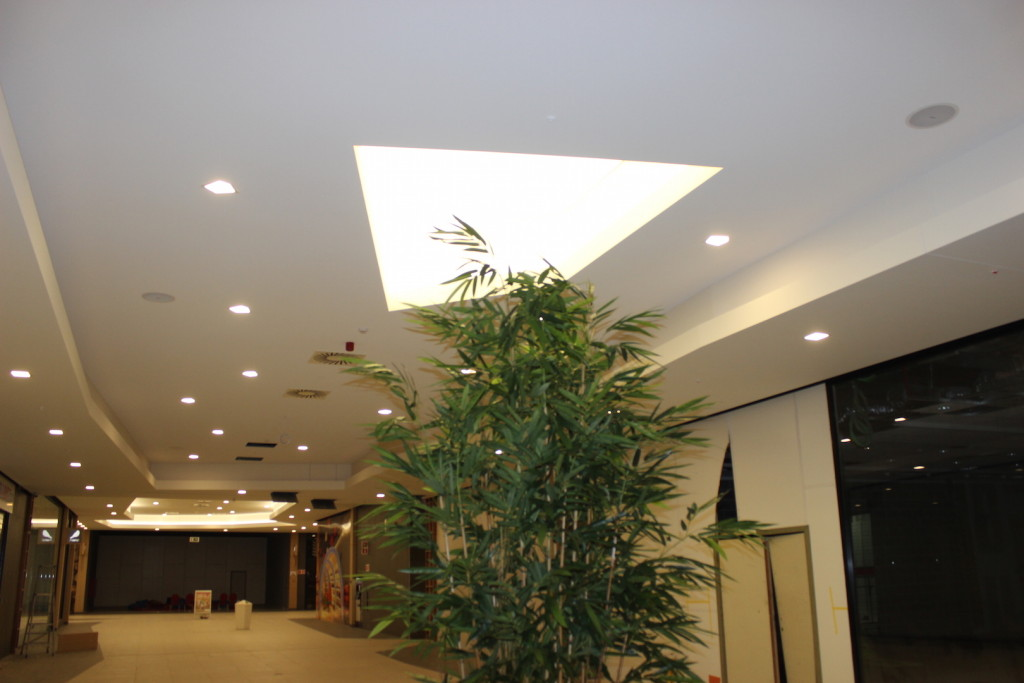 Shopping 1 Genk lichtkoepels